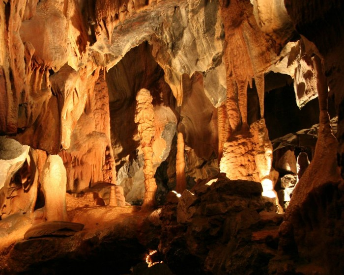 Постойнская пещера