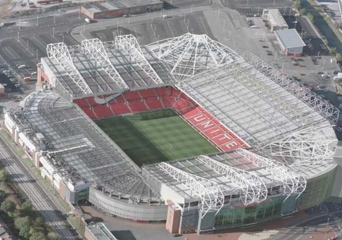 Стадион Олд Траффорд в Манчестере