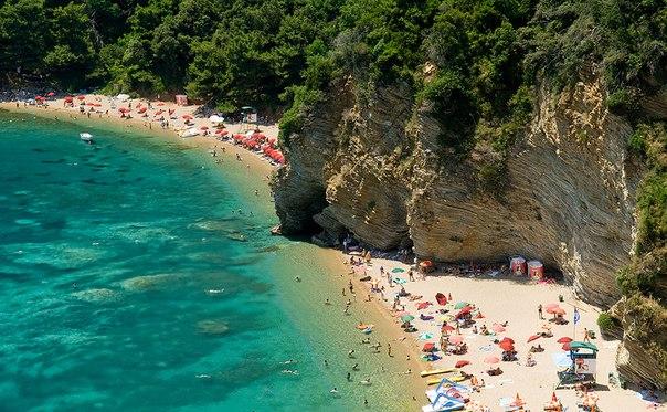 Будванская Ривьера пляж