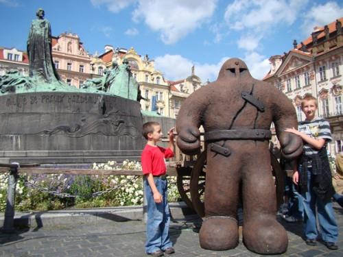 легенда о глиняном монстре Големе