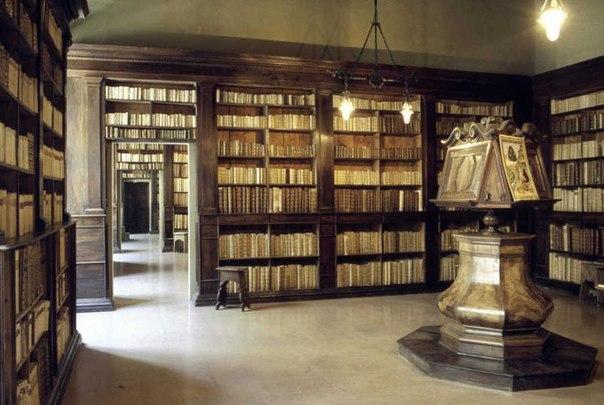 библиотека Гамбалунга Римини