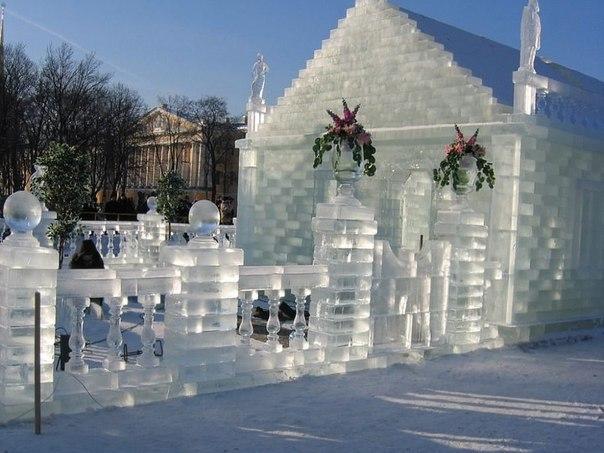 ледяной дворец на Байкале