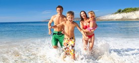 Чем хорош отдых с детьми на Пхукете и на турецких курортах?